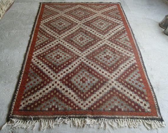 5'7''x9' Red Embroidery Kilim Vintage Kilim