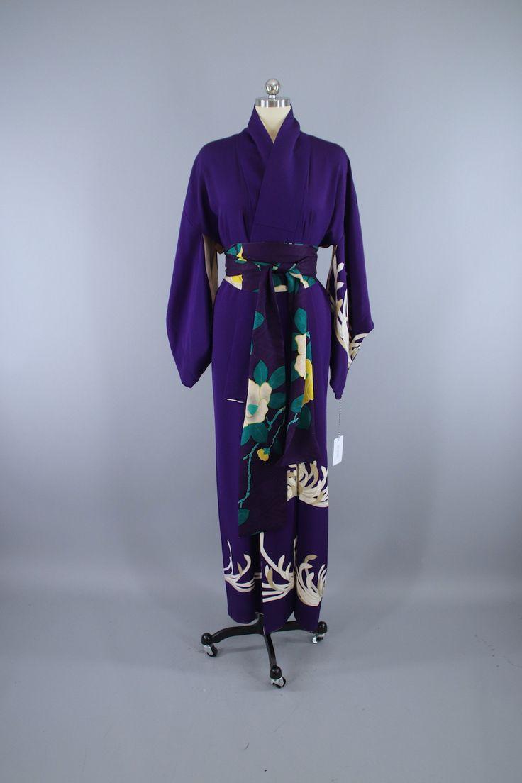 1940s Vintage Silk Kimono Robe / Purple Chrysanthemum Floral   #vintage #shopvintage #vintage #kimono #robe #silk #artdeco
