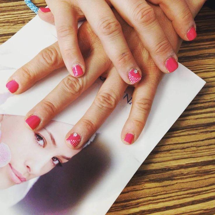 #manicure #vinylux #pinkbikini #studiowhite