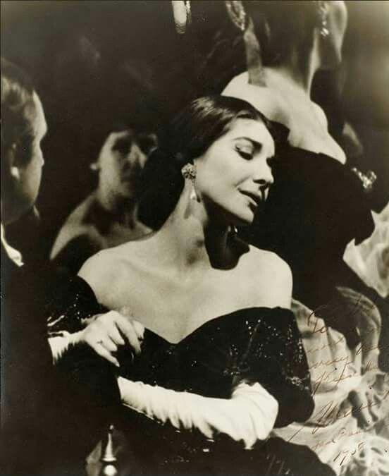 Maria Callas na ópera La Traviata de Verdi (1958)