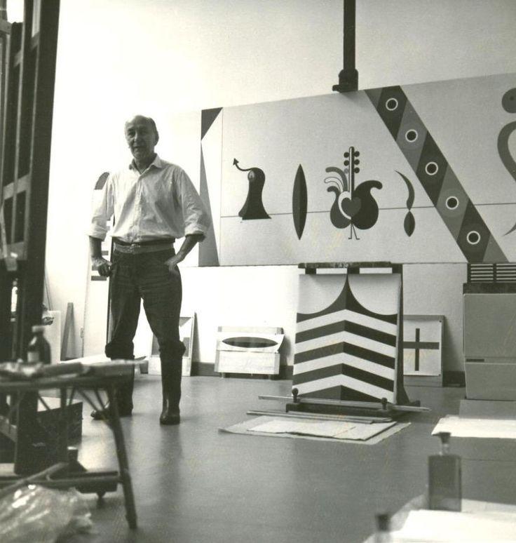 Dezső Korniss in his studio