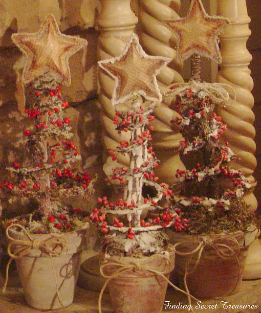 bedspring christmas trees ~ finding secret treasures-Good idea blog has been removed as of 4/19/2012