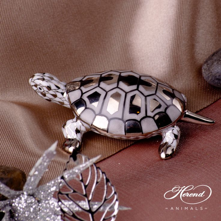 A small #turtle going through big obstacles of life :)  #Herend #animal #figurine 15508-0-00 PTVH - Platinum and white.