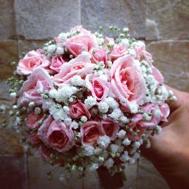 Raminho de Rosas de Santa Terezinha! #soledade #florista #flores #flowers #portugal