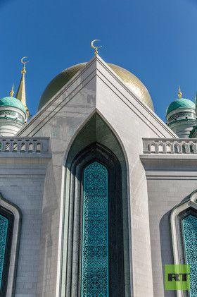 (Foto) Indahnya Masjid Moskow yang Baru Diresmikan Vladimir Putin Bersama Erdogan - dakwatuna.com