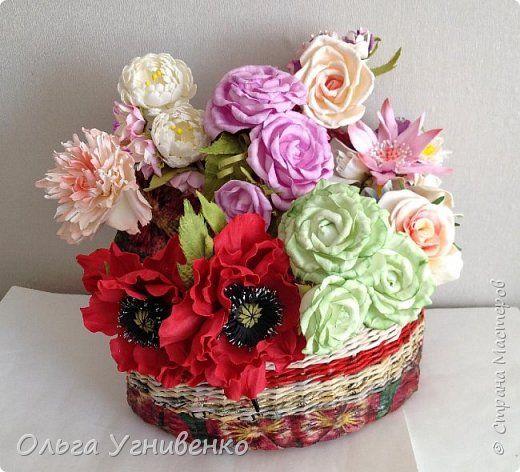Приветствую всех жителей и гостей прекрасной СТРАНЫ МАСТЕРОВ!!  Предлагаю Вашему вниманию мой небольшой МК по изготовлению розы из фоамирана.  Изрезав не один лист фома, хочу поделиться своими особенностями работы с этим увлекательным материалом. фото 33