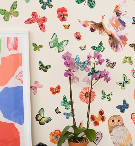 Wallpaper Dress Up Your Walls : decals dress up empty walls for a fraction of the cost of wallpaper ...