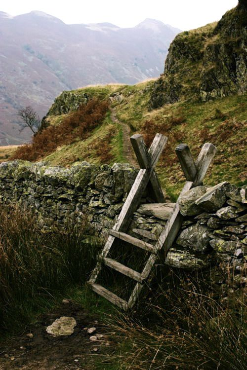old stile against a stone wall ~ this looks a little like the scene in Persuasion, on the way to Henry Hayters farm. th