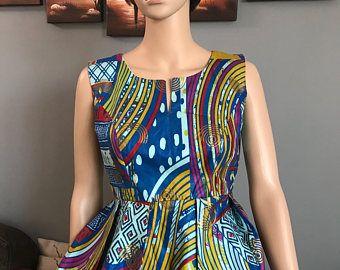 Haut peplum chic imprimé africain, sommet africain, vêtements africain, robe africaine, robe de mariée africaine, tenue africaine.