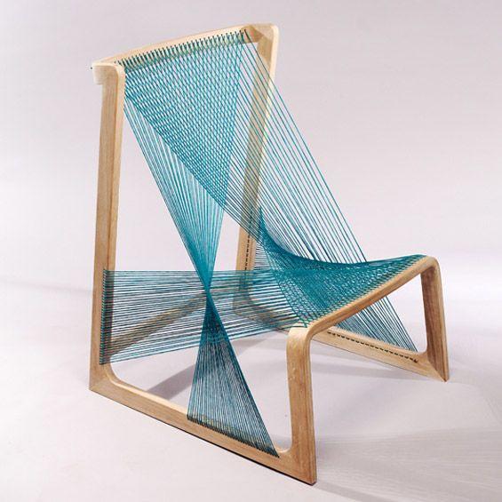 """Le designer suédois Asa Kärner nous présente son projet d'assise """"Silk Chair"""". Editée par Alvidesign, cette chaise est composée d'une assise..."""