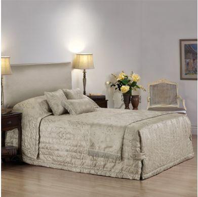 Aberdeen Reverse-Sham Tailored Corner Quilted Bedspread
