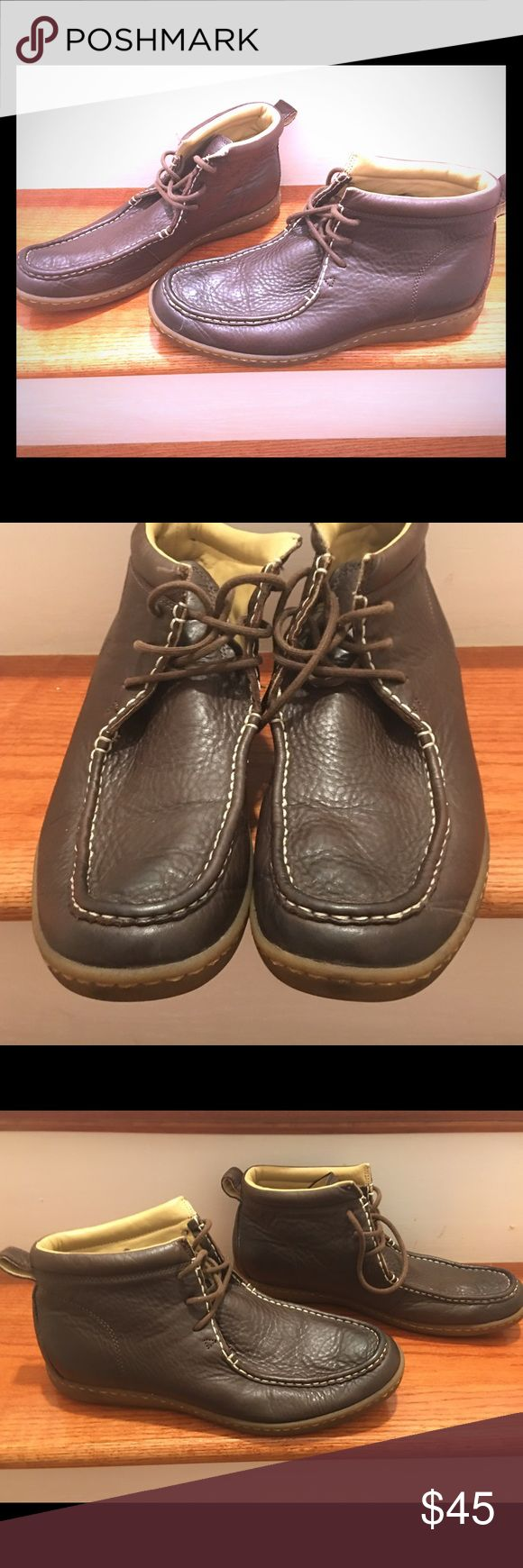 Ugg Brown Leather Boots Ameheurst Mens Size 10.5 Ugg 1002252 Brown Leather Ankle Boots Ameheurst chukka Mens Size 10.5. Please contact me with questions. UGG Shoes Chukka Boots
