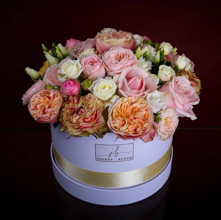 Big Flower Box Mix of Roses English Roses Luxury Flower Box  Luxury Roses Secret Bloom Boxes
