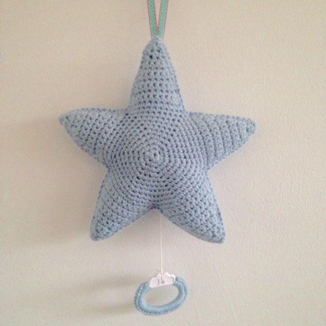 Een muziek ster, leuk voor op een babykamer....