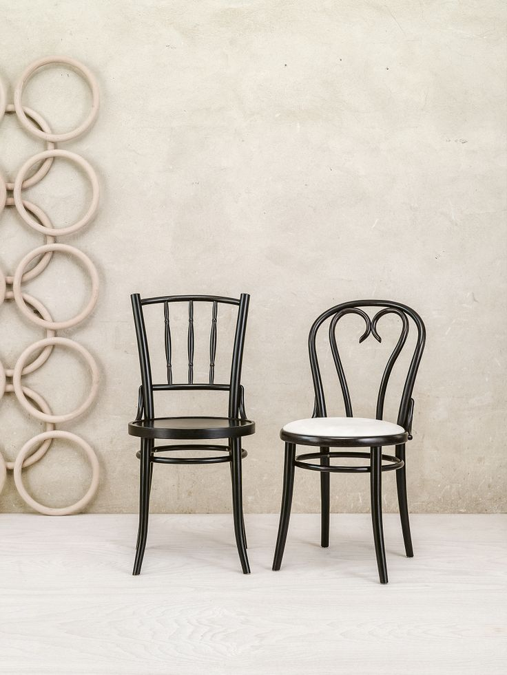 Something from our classical line - Chair 16 and Dejavu