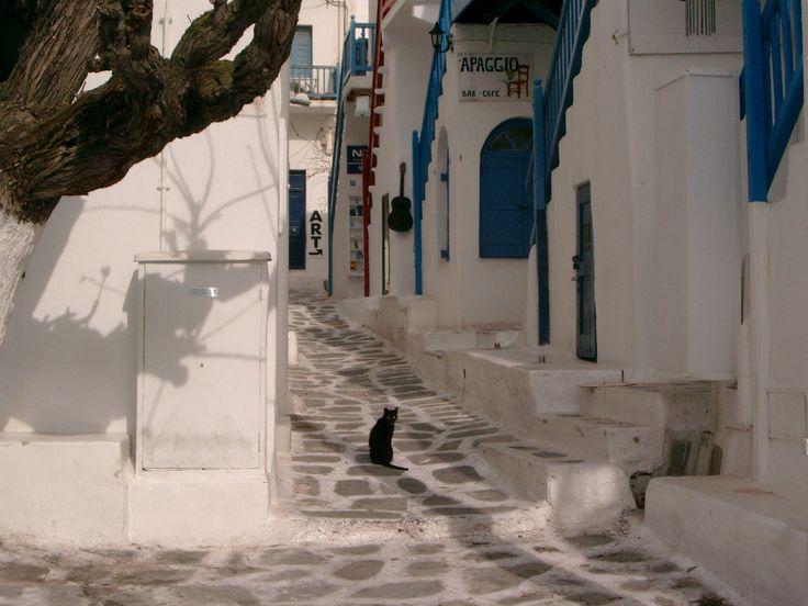 Matoyianni Street, Mykonos Town, Greece