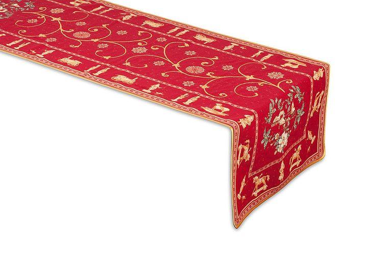 """""""Montagne Christmas"""" Jacquard Table Runner"""