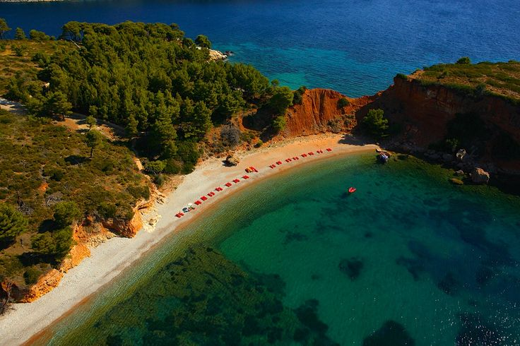 Alonnisos, Kokkinokastro beach - Greece  http://globetrotter-blog.com/listing/alonnisos-greece/