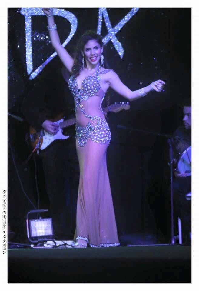 Mejores 336 imágenes de Belly Dancing Costume en Pinterest | Danza ...