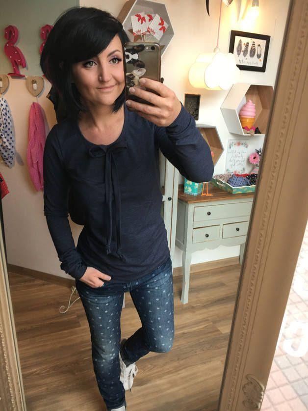 "MEKO ""Wiff"" Shirt Damen Blau Dunkelblau Longsleeve Schleife Bow Blue von mekoStore auf Etsy"