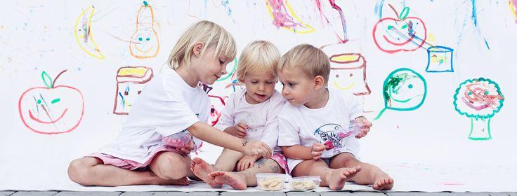 Kids playing and eating Veggie Foodie