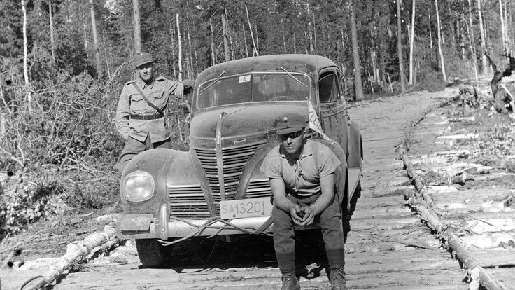 Plymouth with Finnish army plates in August of 1941