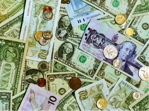 Study Abroad: Exchanging Foreign Currency | College Lifestyles