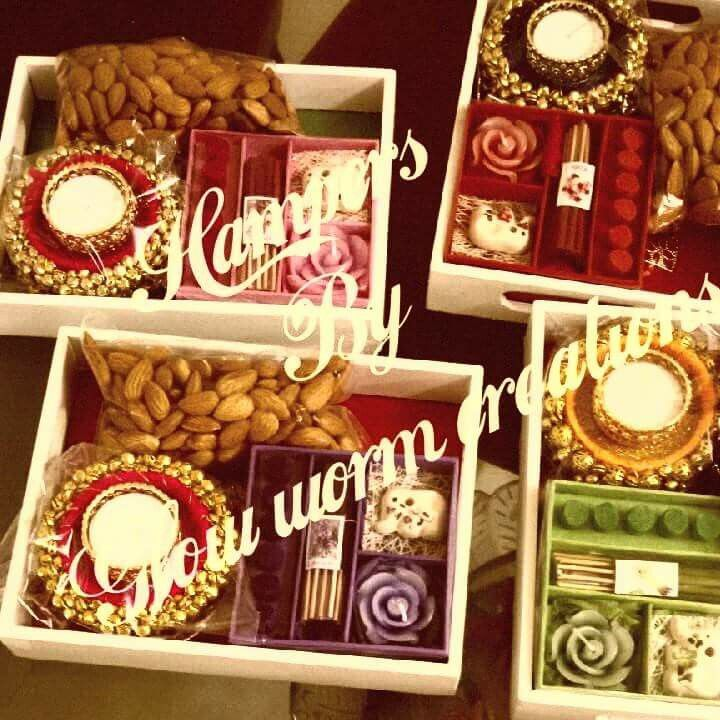 Such gorgeous Indian gift hampers