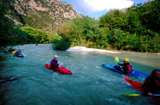 VISIT GREECE| Watersports #Kayaking #canoeing #Acherontas #river #Thesprotia #autumn #spring