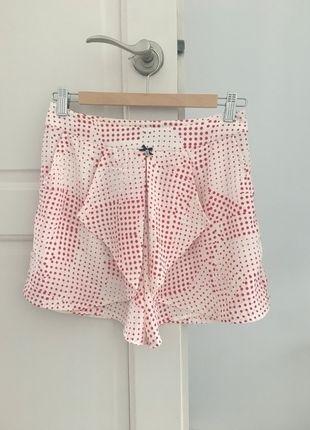 Kup mój przedmiot na #vintedpl http://www.vinted.pl/damska-odziez/szorty-rybaczki/13927247-markowe-letnie-spodenki-w-czerwone-kropki-miss-sixty