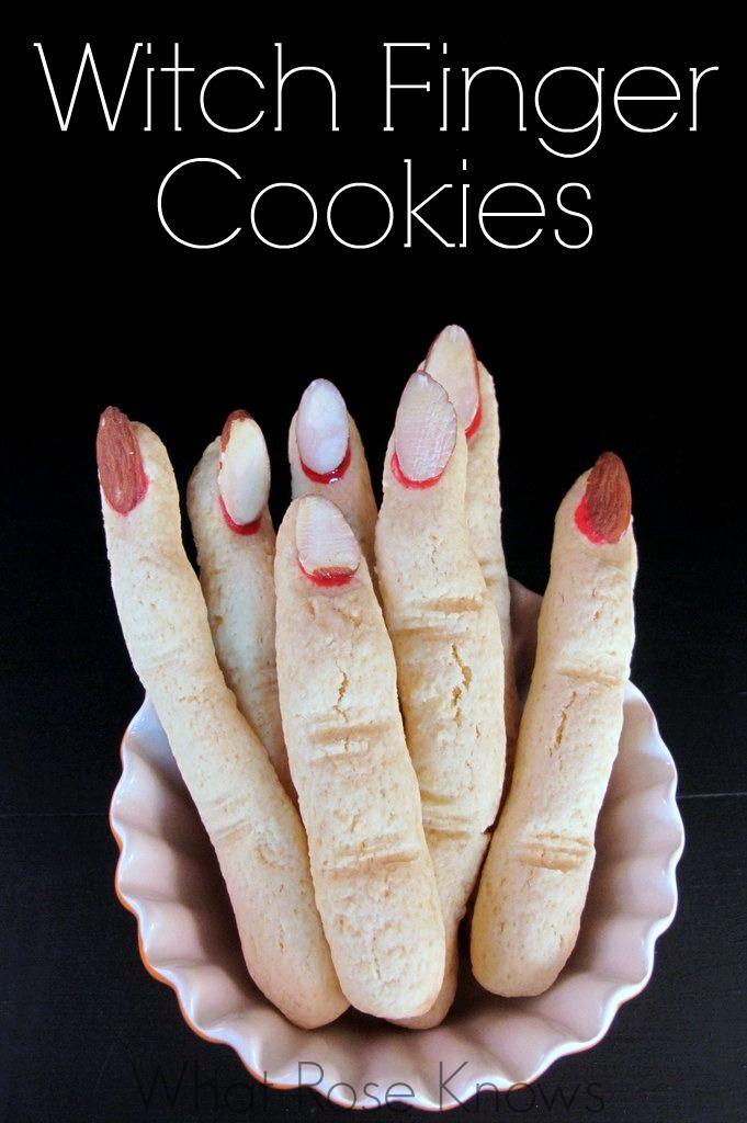 Easy Witch Finger Cookies for Halloween! #halloweenfun #halloweenpartyidea #halloweendessert