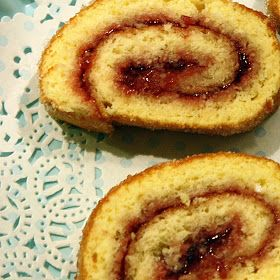 Gry´s Kjøkkenskriverier: God gammeldags rullekake, glutenfri.