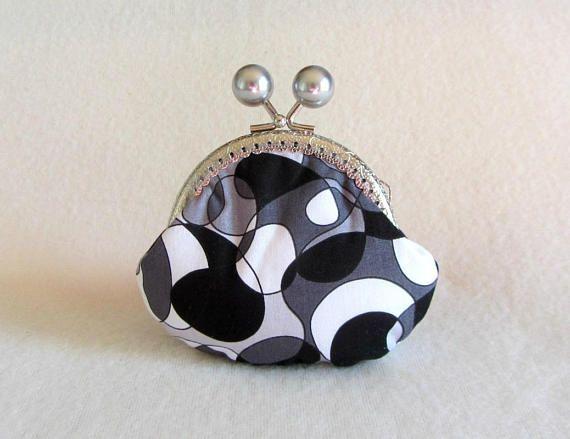 Coin purse kiss lock pouch cotton coin purse  fabric purse