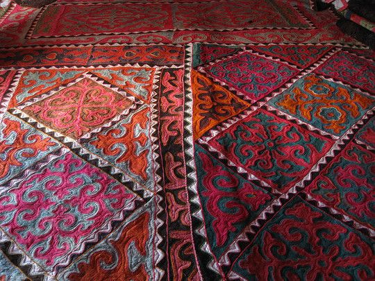 Beautiful rugs from Kyrgyzstan on Apartment Therapy