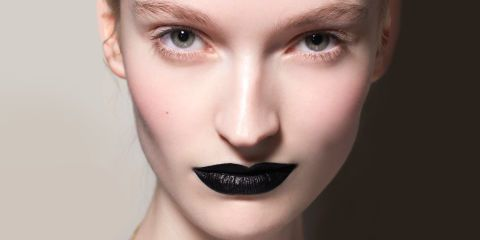 Charcoal Toothpaste Review   Charcoal Whitening Teeth