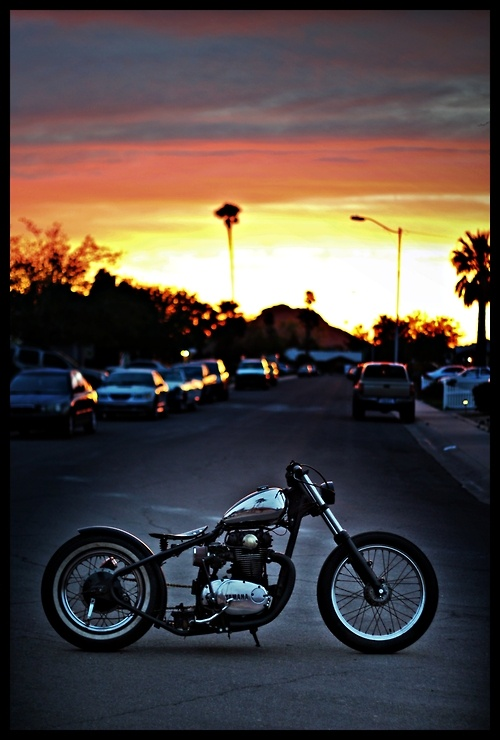Yamaha XS 650  ---Nice bike and then look at that sunset...