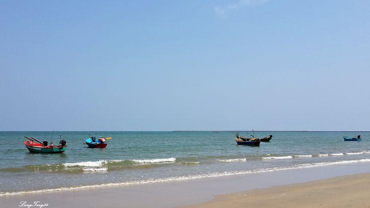 Lam Son Beach in Pak Nam Lang Suan,Chumphon.