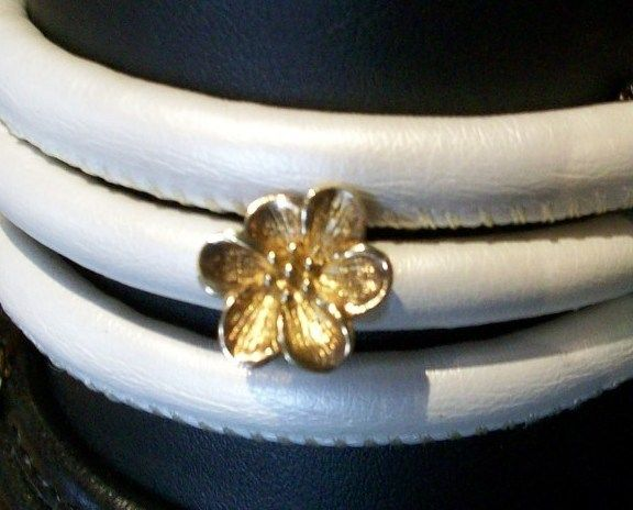 Story by Kranz & Ziegler, Flower Charm, Gold Plated Button Charm, New