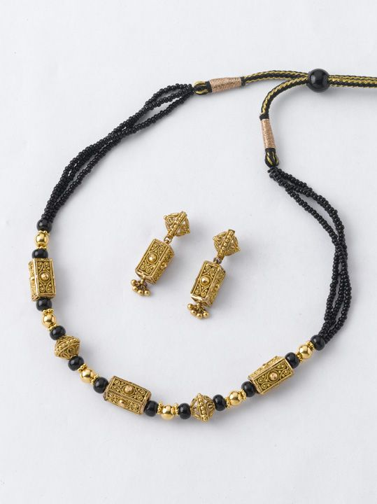 Necklace 9: Necklace- 9.300 gm Rs. 33300/- Earring - 4.200 gm Rs. 15100/-