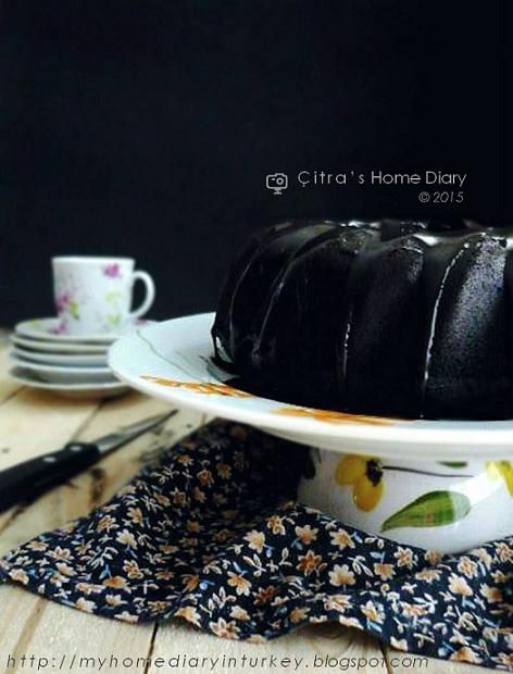Citra's Home Diary: Dark Chocolate Forest moist steamed Cake