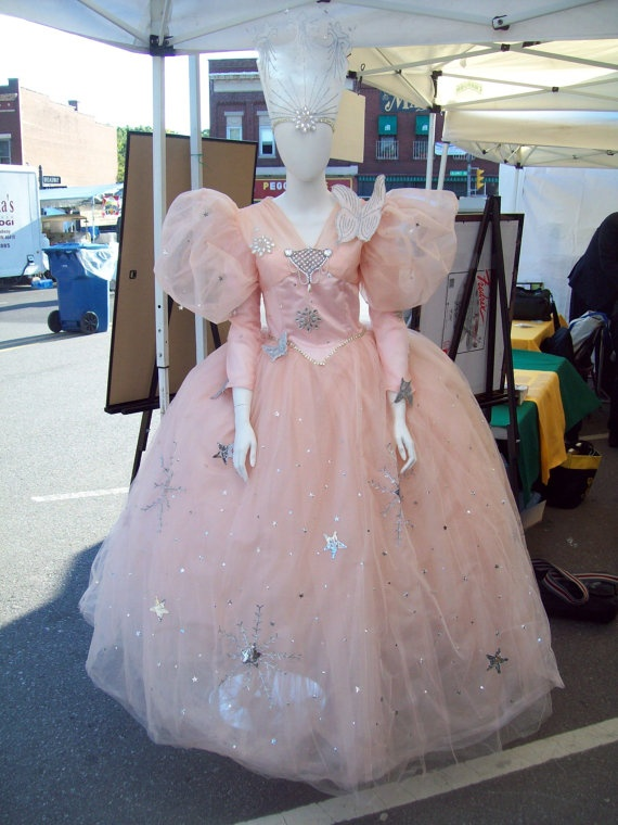 Billie Burk's (the Good Witch of the North) actual dress