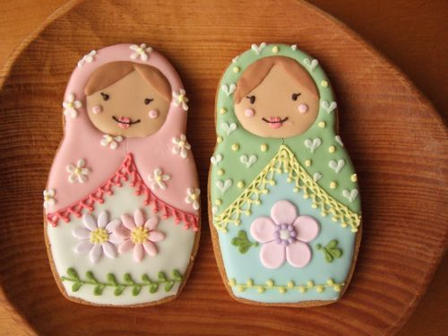 matryoshka nesting doll cookies! - these are adorable!
