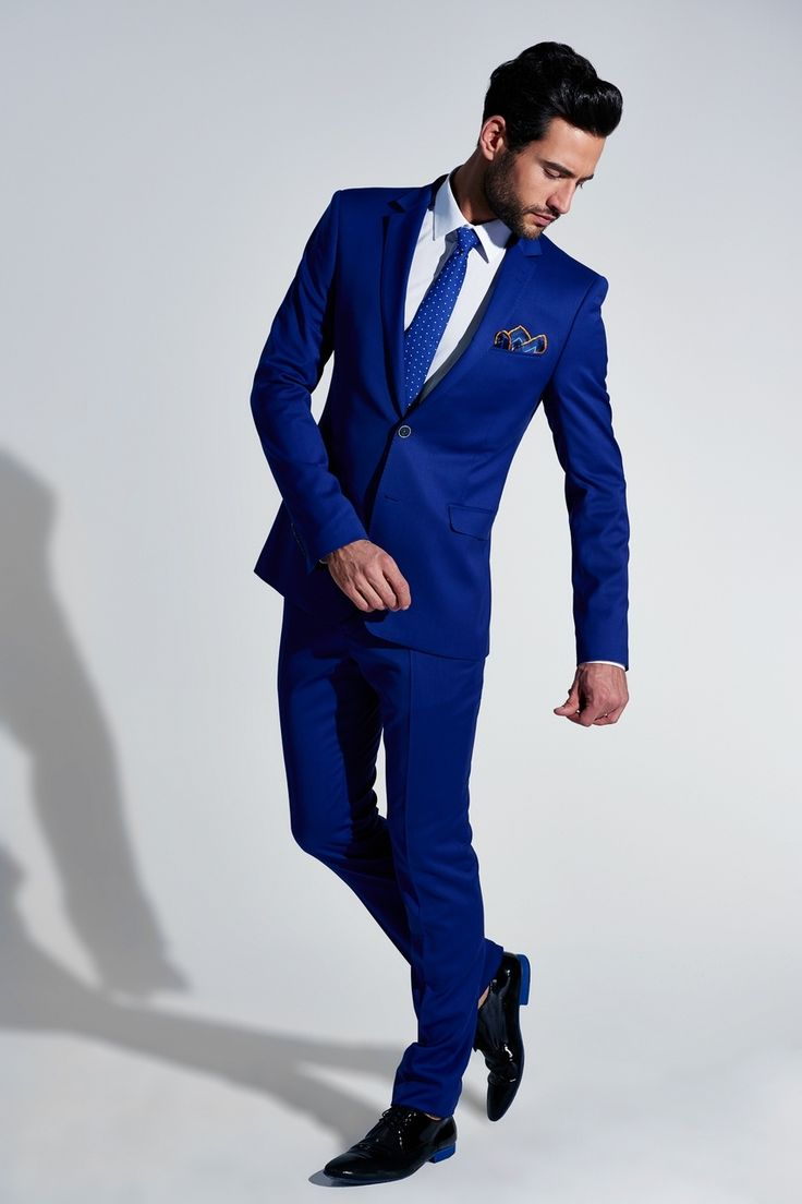 Well Tailored Suit Is An Absolute Must Have For Men Black