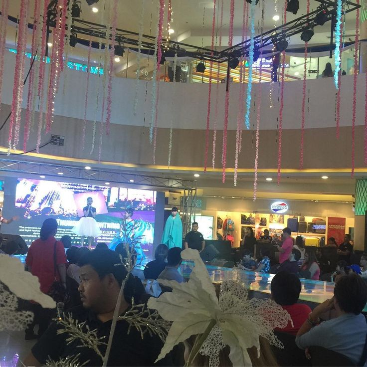 Bridal Fashion show now for To Infinity & Beyond Bridal Fair here @ Fishermall Quezon City... �� #ATM #bridalfashion #bridalfashionevent #bridalfashionshow #hdmakeup #bridalfair #freemakeuptrial #fishermallqc #bridalmakeup #hmuaph #lifeofamakeupartist #hdmakeuphairartistry #hd http://gelinshop.com/ipost/1523861970653330621/?code=BUl2GN3hLy9