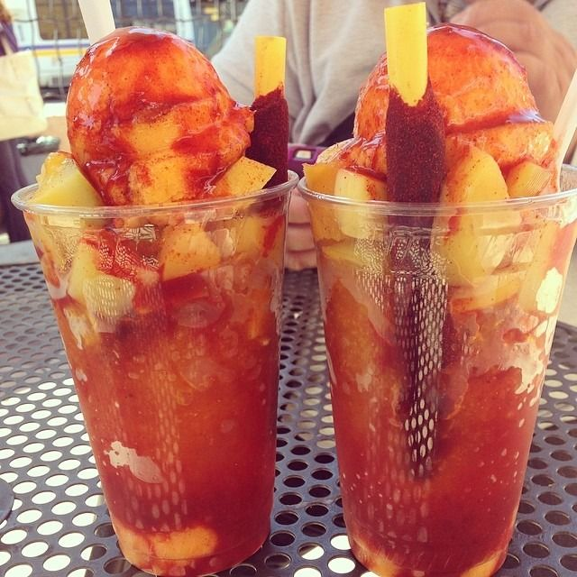 #mangonadas#mango#chamoy#raspado#icecream#mom#mommasboy#mostimportantpersoninmylife#love#birthday#happybirthday#mimadre#onelove#hakunamatata (at Nieves Cinco de...