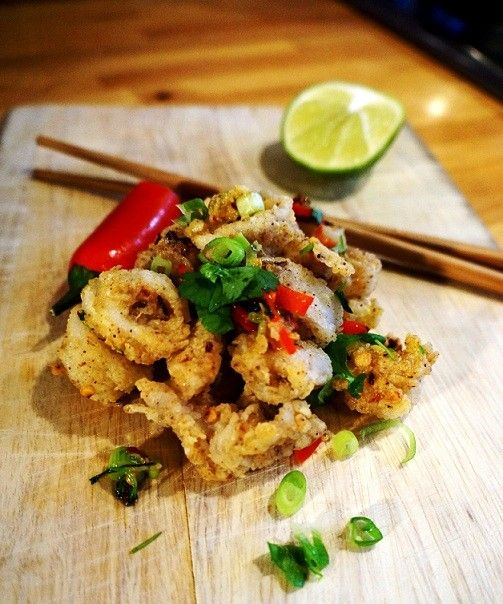 Fried Calamari Asian style, also known as Salt and Pepper Squid. Easy fried calamari recipe to follow including video recipe. Fast cooked..