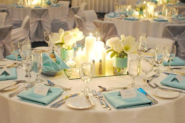 Centre de table bleu ciel inspire moi le blog mariage for Pinterest centre de table