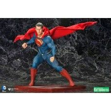 The Man Of Steel ArtFX Statue - Superman.