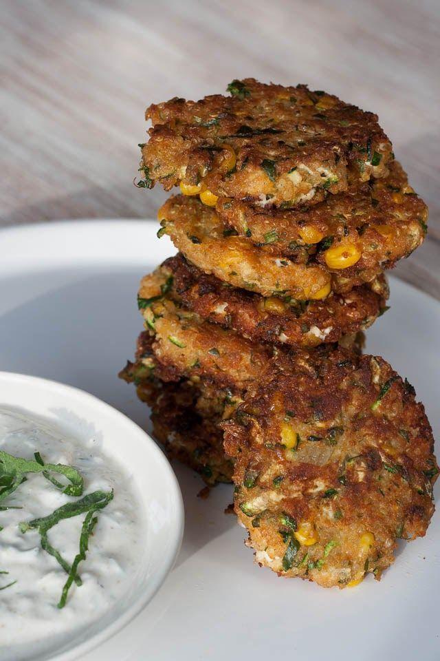 Huis, tuin en keukenvertier: Quinoaburgers met courgette, maïs en feta