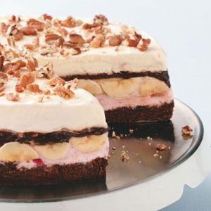 Banana Split Brownie Cake Recipe from Taste of Home: Desserts, Brownie Cake, Cakes Recipes, Ice Cream Cakes, Bananas Split, Banana Split, Brownies Cakes, Cake Recipes, Split Brownies
